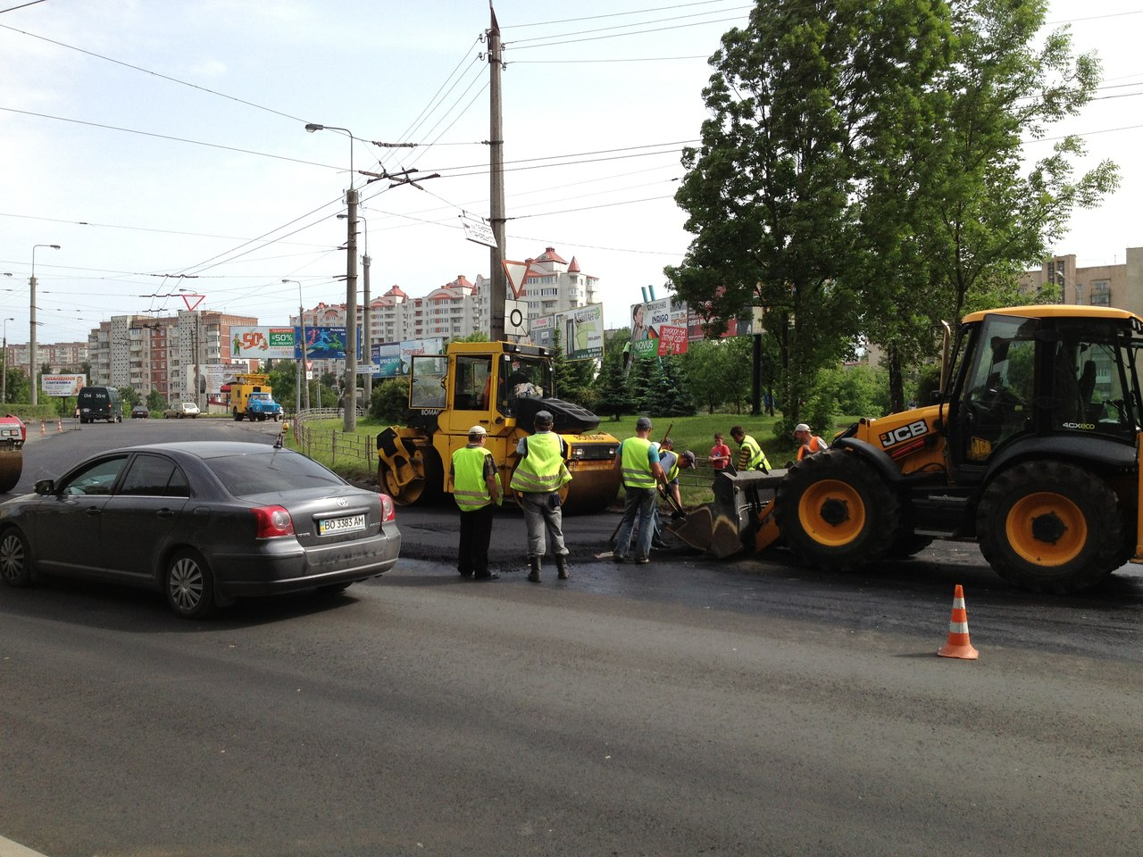 Безголовий ремонт дороги в Україні