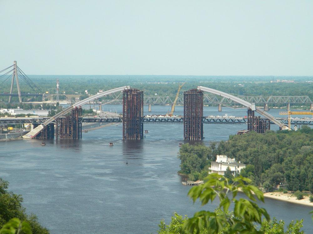 Недобудований кивський міст