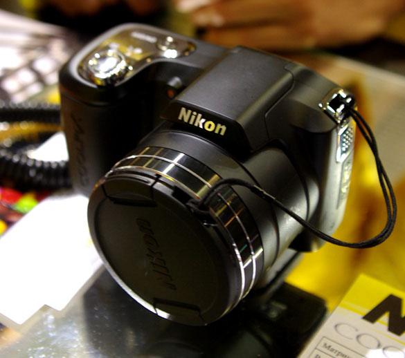 Продам фотоапарати: Canon S2 IS, Nikon L100