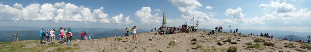 Панорама на вершині Говерли